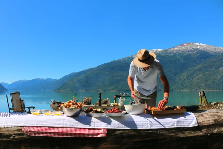 beach picnic yellowfin